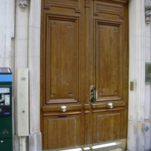 Porte cochère Paris Laiton Rue des Piramides AM JUNG PAUL